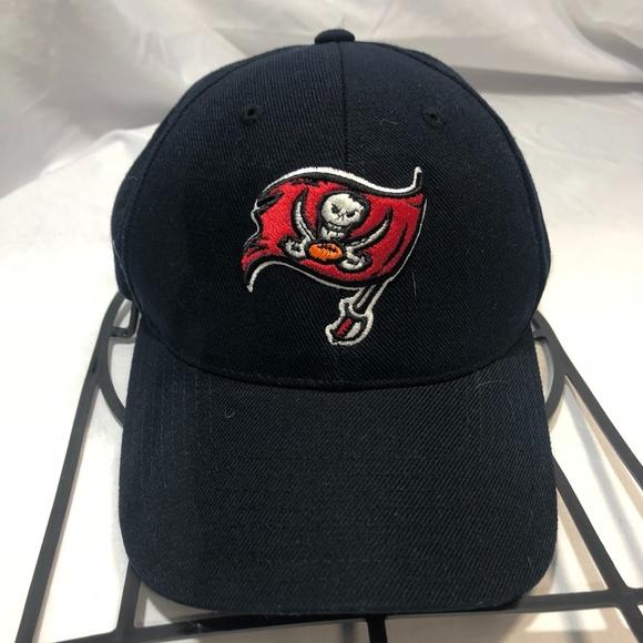 Tampa Bay Buccaneers Reebok Home Cap Fitted